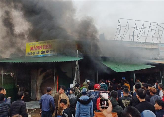 Cháy lớn ở chợ Phủ Diễn, Nghệ An