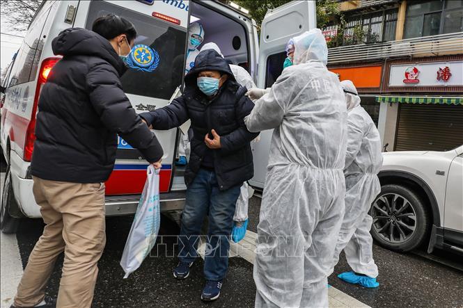 Số người tử vong do virus corona tại Trung Quốc tăng mạnh