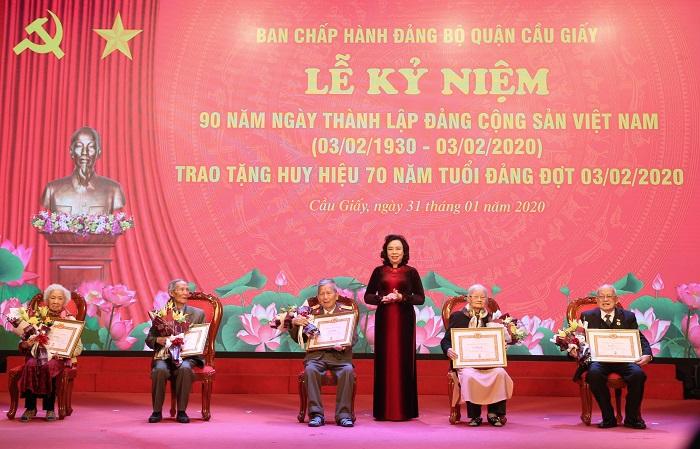 Kỷ niệm 90 năm thành lập Đảng và trao huy hiệu Đảng đợt 3 2