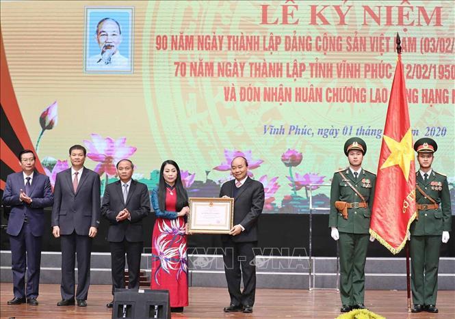 Thủ tướng dự Lễ kỷ niệm 70 năm thành lập tỉnh Vĩnh Phúc