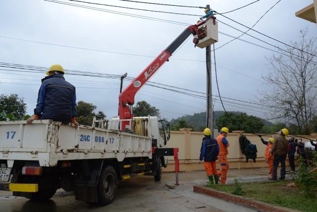 Bảo đảm đủ điện ở khu cách ly ở Lào Cai