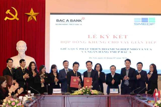 Ký Hợp đồng khung cho vay gián tiếp giữa SMEDF với Ngân hàng SHB và Ngân hàng TMCP Bắc Á