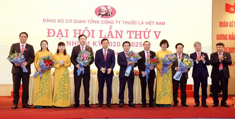 Đảng bộ Cơ quan TCT Thuốc lá Việt Nam phấn đấu trở thành đảng bộ trong sạch vững mạnh