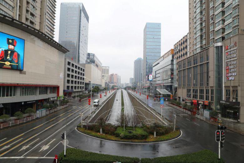 Trung Quốc Tỉnh Hồ Bắc cấm các phương tiện đi lại