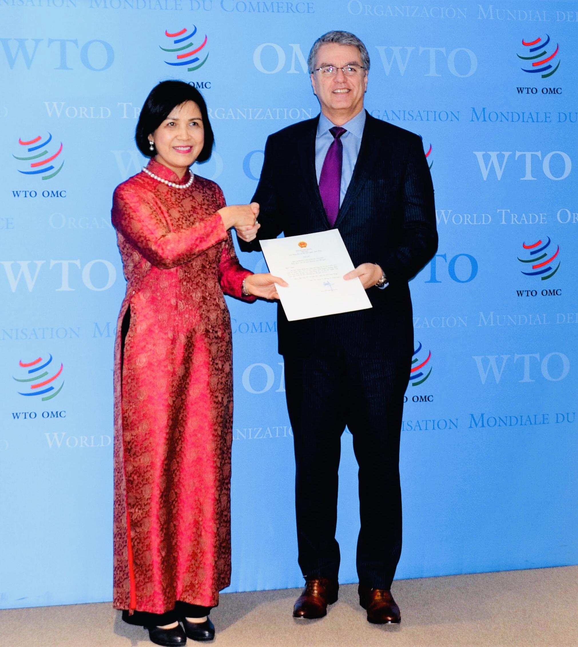 Đại sứ Lê Thị Tuyết Mai trình Thư ủy nhiệm của Chủ tịch nước đến Tổng Giám đốc WTO