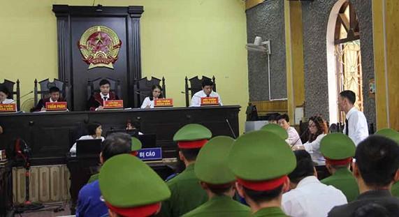 Vụ gian lận điểm thi tại Sơn La Đề nghị truy tố 11 bị can