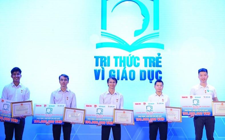Dùng công nghệ bảo tồn giá trị chữ viết của dân tộc Mnông
