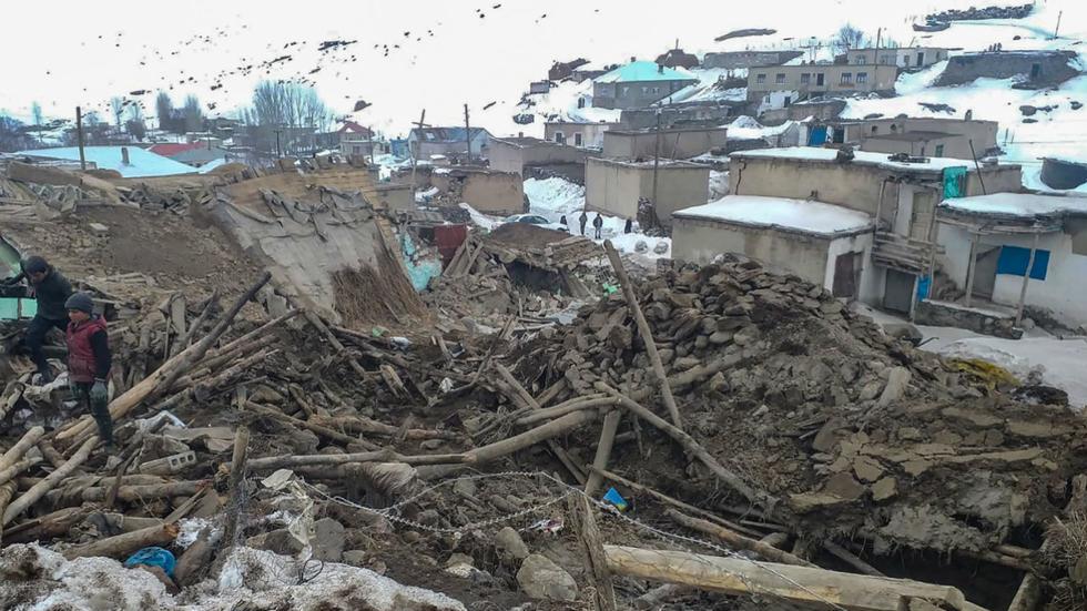 Động đất mạnh tại biên giới Thổ Nhĩ Kỳ - Iran 9 người thiệt mạng