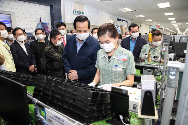 Xây dựng phương án hỗ trợ lao động Việt Nam tại Nhật, Hàn