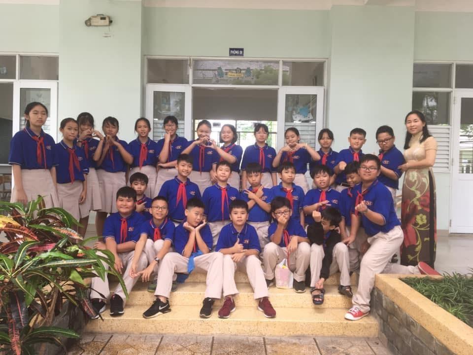 TP Hồ Chí Minh, học sinh học trực tuyến trên truyền hình
