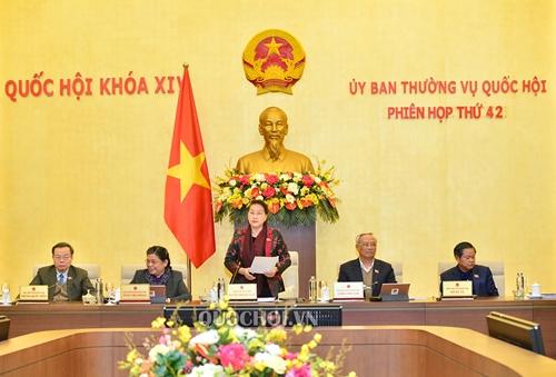 Tạm hoãn phiên họp thứ 43 của Ủy ban Thường vụ Quốc hội