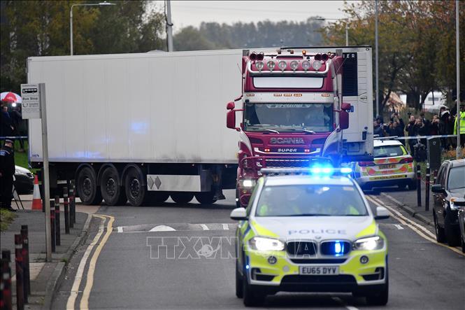 Vụ 39 thi thể trong xe tải ở Anh Cảnh sát Anh cáo buộc thêm một đối tượng liên quan