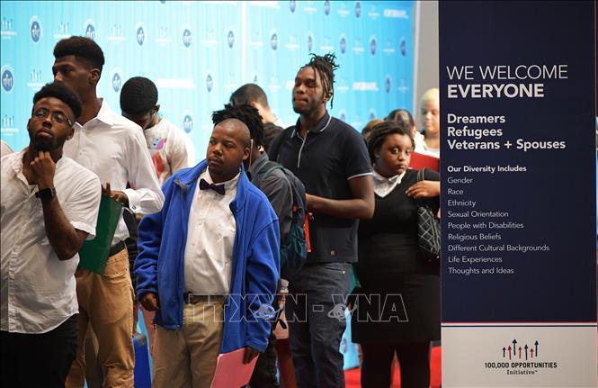 Đơn xin trợ cấp thất nghiệp tại Mỹ đạt mức kỷ lục vì dịch COVID-19