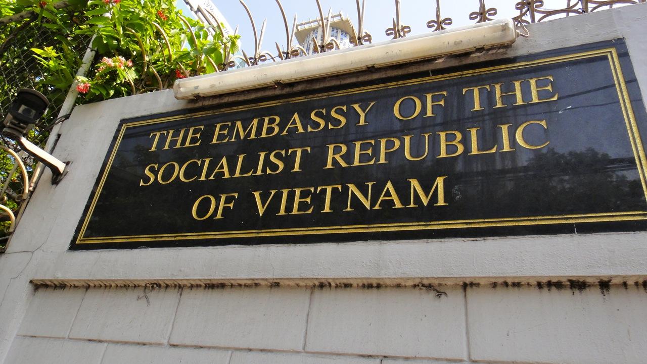 Đại sứ quán Việt Nam tại Ấn Độ hỗ trợ người Việt có nguyện vọng về nước
