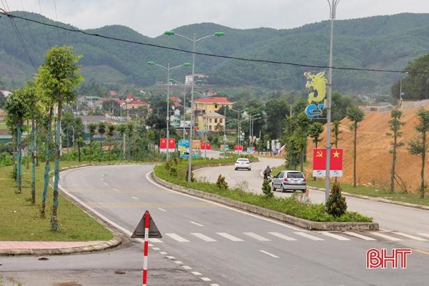 Vũ Quang Hà Tĩnh  Thi đua thực hiện 162 công trình chào mừng đại hội đảng các cấp