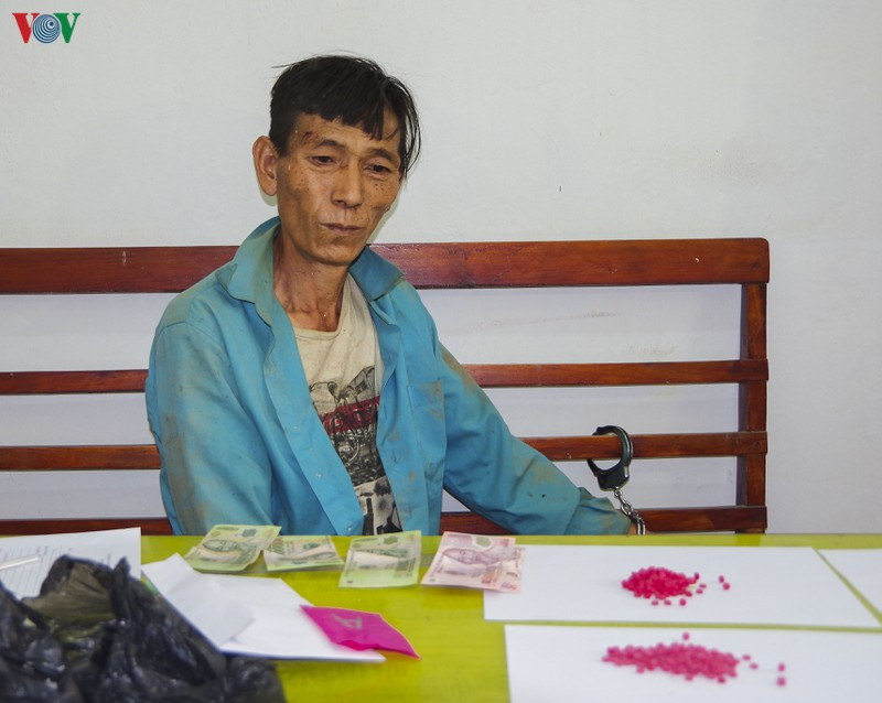 Bắt đối tượng nhập cảnh trái phép từ Lào về Việt Nam mang theo ma túy