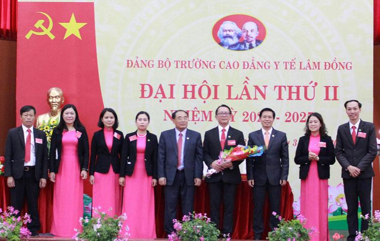 Đảng bộ Trường Cao đẳng Y tế Lâm Đồng tổ chức Đại hội lần thứ II