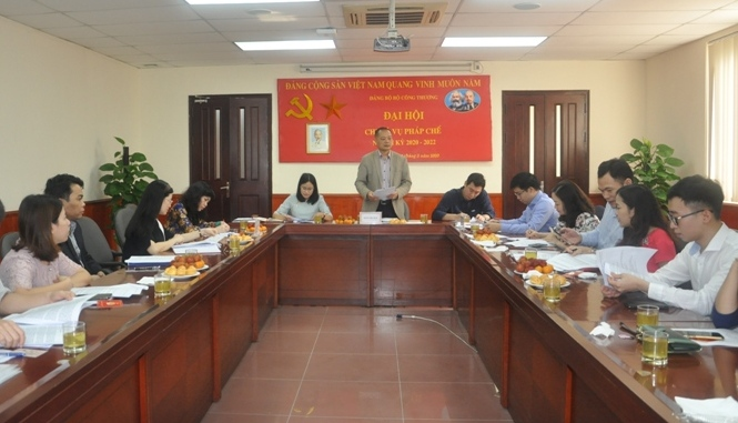 Nâng cao năng lực lãnh đạo, sức chiến đấu của cấp ủy Đảng