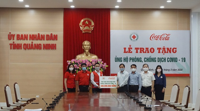 Quảng Ninh tiếp nhận vật tư phòng chống dịch COVID-19