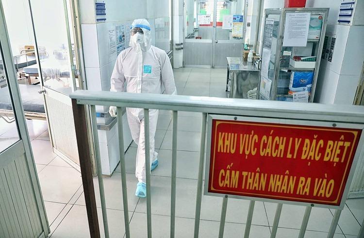 Thêm 5 ca mắc mới, trong đó 4 trường hợp liên quan tới Bệnh viện Bạch Mai