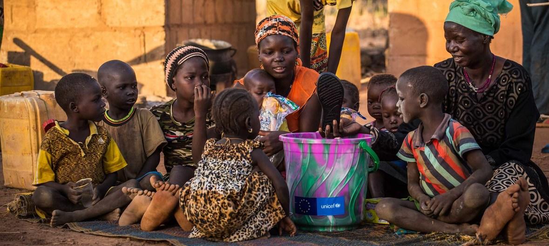 LHQ kêu gọi gói hỗ trợ 2 500 tỷ USD cho các nước đang phát triển