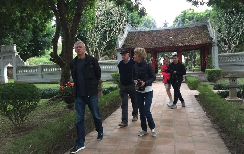 Khách du lịch đến Hà Nội quý I giảm mạnh