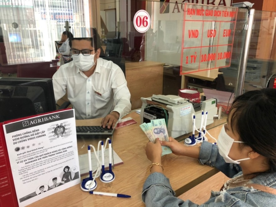 Agribank đồng hành cùng doanh nghiệp, doanh nhân và người dân vượt bão Covid-19