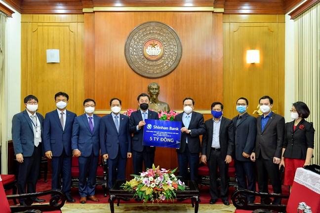 Việt Nam sẽ sớm ngăn chặn được sự lây lan của dịch COVID-19