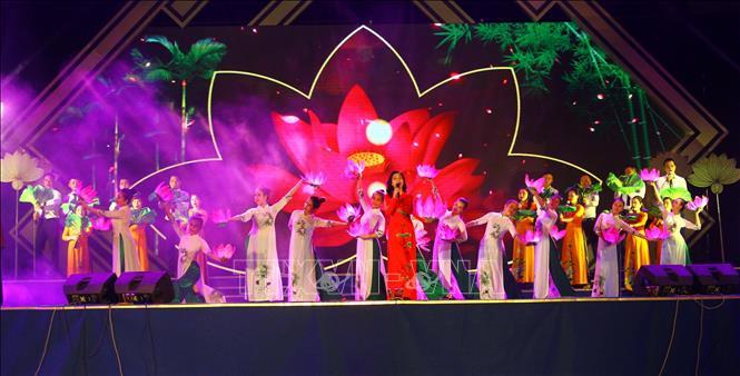 Tuyên truyền kỉ niệm 130 năm ngày sinh Chủ tịch Hồ Chí Minh