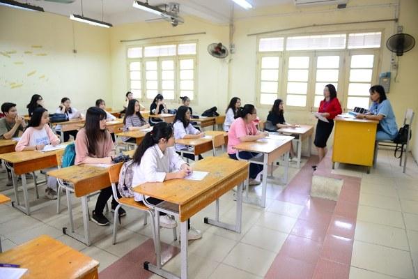 Môn Toán THPT điều chỉnh nhiều nhất là kiến thức lớp 10