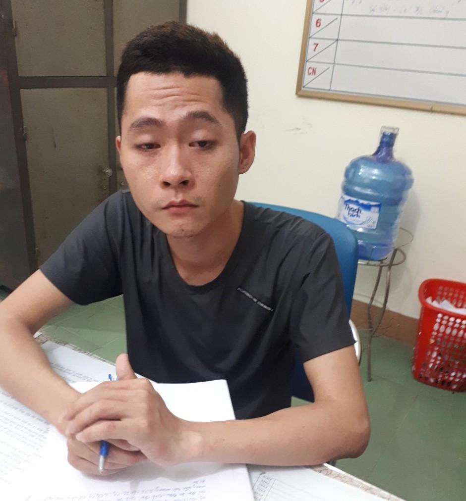 Bắt 2 đối tượng dùng dao cướp ngân hàng ở Quảng Nam