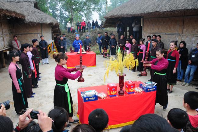 Phong tục cầu mùa của đồng bào Sán Chay