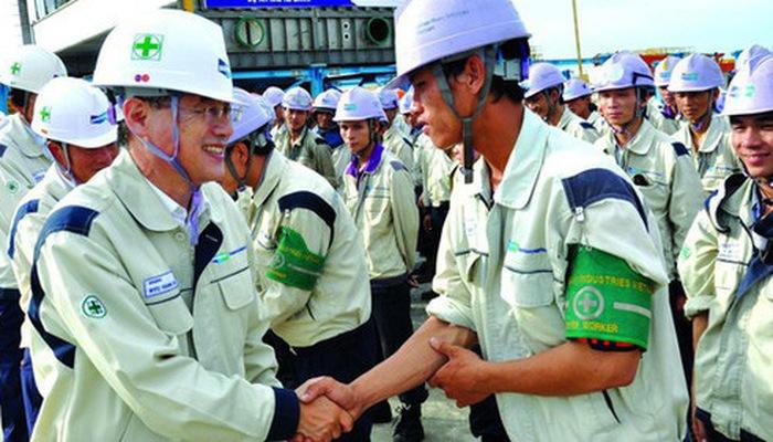 Điều kiện cấp phép hoạt động dịch vụ đưa lao động đi làm việc ở nước ngoài