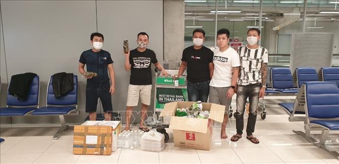 Hỗ trợ công dân Việt Nam bị mắc kẹt tại sân bay quốc tế Thái Lan