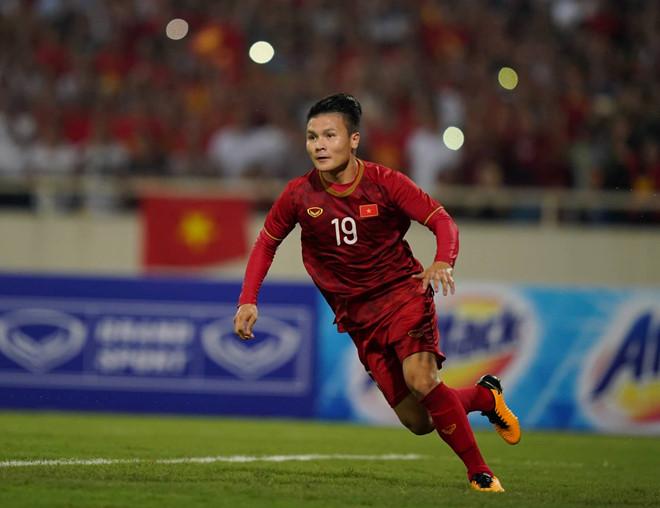 Nguyễn Quang Hải tham gia chiến dịch toàn cầu chống dịch COVID-19