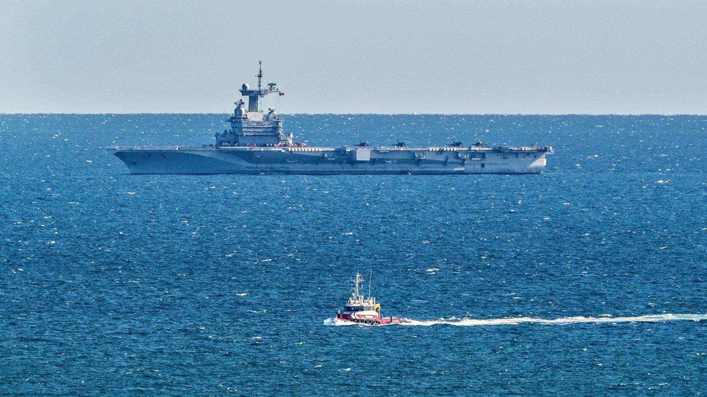 Tàu sân bay Pháp được lệnh trở về vì nghi thủy thủ đoàn nhiễm COVID-19
