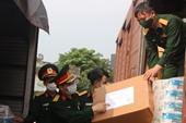 Quân khu 4 tiếp nhận hỗ trợ 27 mặt hàng nhu yếu phẩm phòng, chống dịch