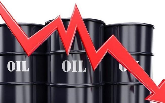 Giá dầu Brent giảm xuống mức thấp nhất trong gần hai thập kỷ