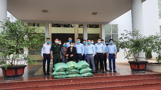 Hỗ trợ Bộ đội Biên phòng Lào Cai phòng, chống dịch