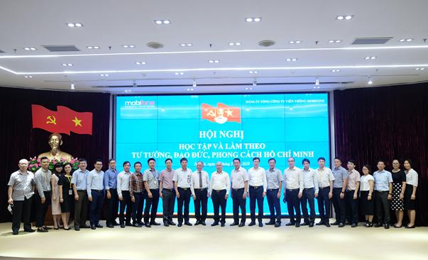 Đảng bộ Tổng Công ty Viễn thông MobiFone Đẩy mạnh học tập và làm theo tư tưởng, đạo đức, phong cách Hồ Chí Minh