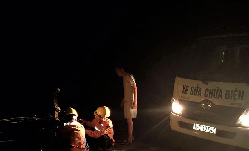 Phú Thọ Giông lốc gây sự cố mất điện gần 62 000 khách hàng