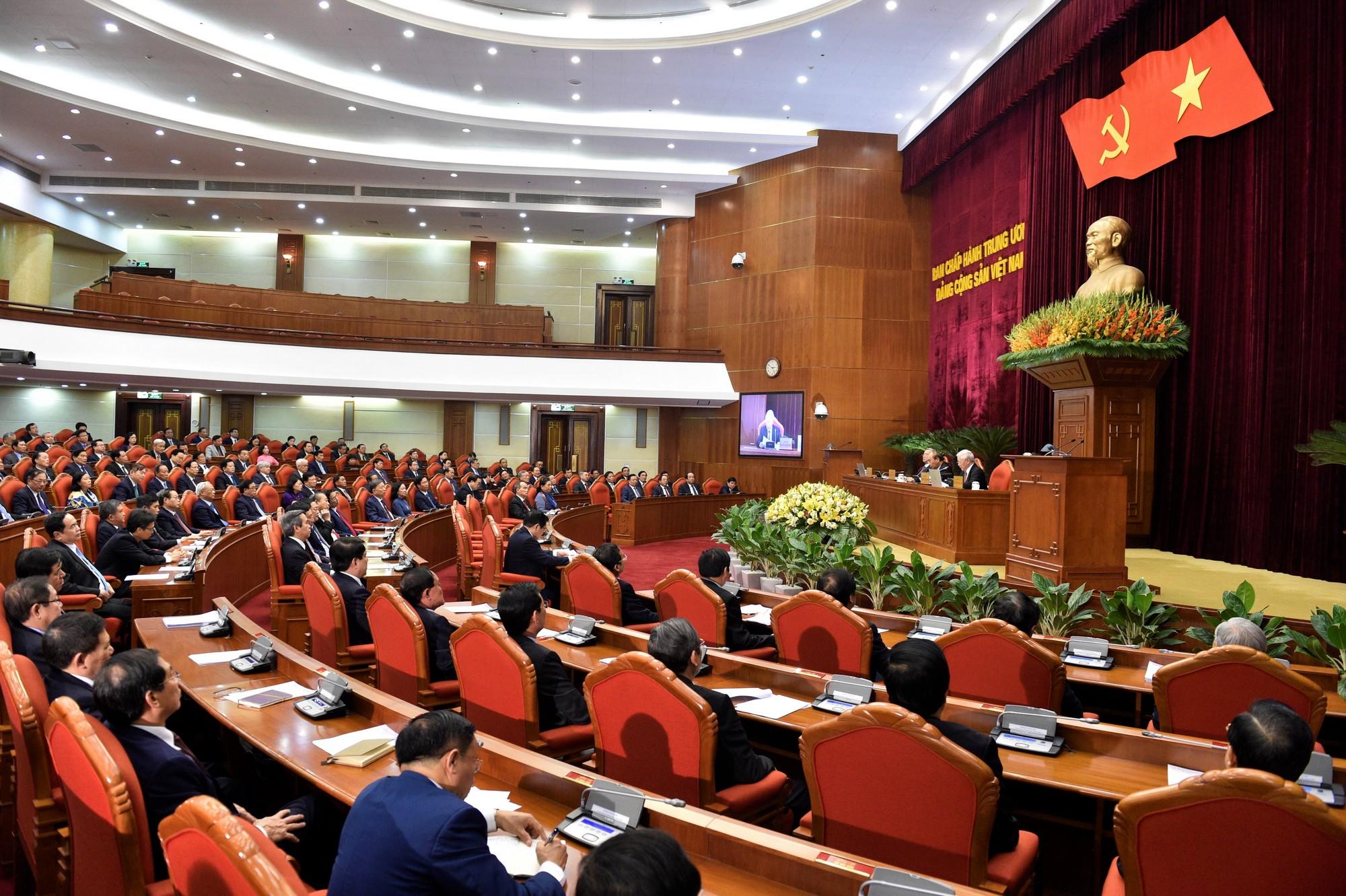 Thông báo Hội nghị lần thứ 12 Ban Chấp hành Trung ương Đảng khoá XII