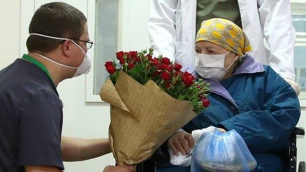 Cụ bà 100 tuổi đầu tiên tại Nga chiến thắng COVID-19