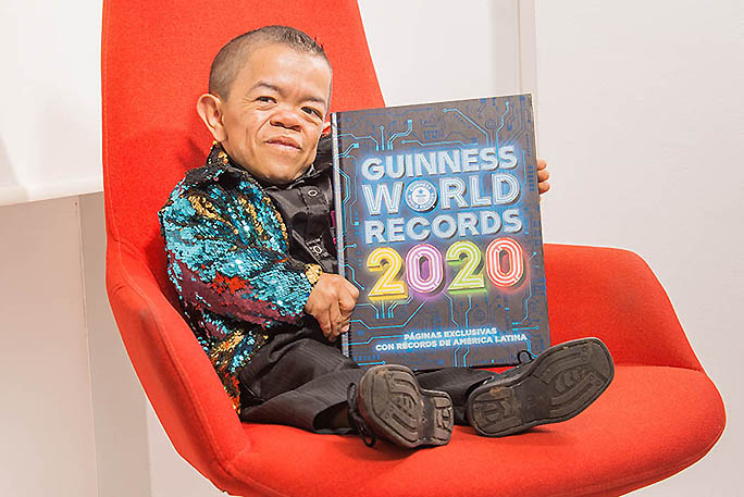 """Tới thăm """"người đàn ông lùn nhất thế giới"""" tại Colombia"""