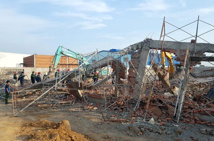 Sập công trình ở Đồng Nai 10 người chết, 17 người thương