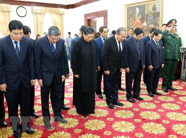 Lãnh đạo Đảng, Nhà nước Việt Nam viếng và ghi sổ tang tưởng niệm đồng chí Sisavath Keobounphanh