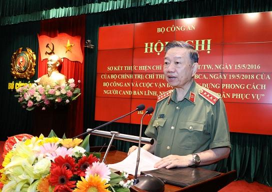 Công an nhân dân đẩy mạnh học tập và làm theo tư tưởng, đạo đức, phong cách Hồ Chí Minh