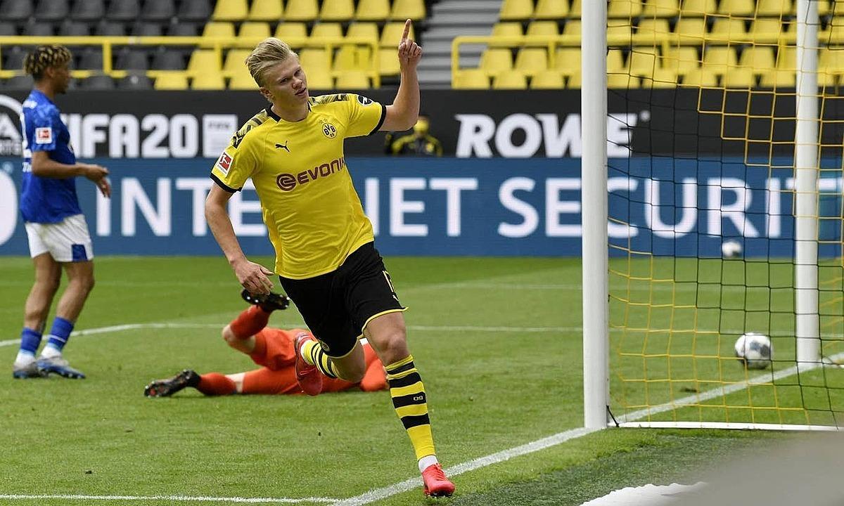 """Bundesliga trở lại với """"derby vùng Ruhr"""""""