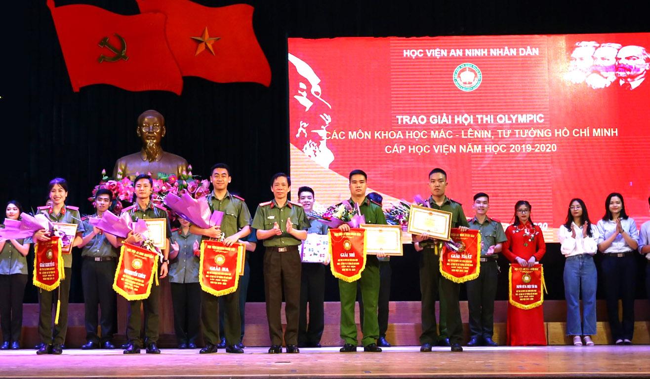 Sôi nổi Hội thi Olympic các môn khoa học Mác – Lênin và tư tưởng Hồ Chí Minh