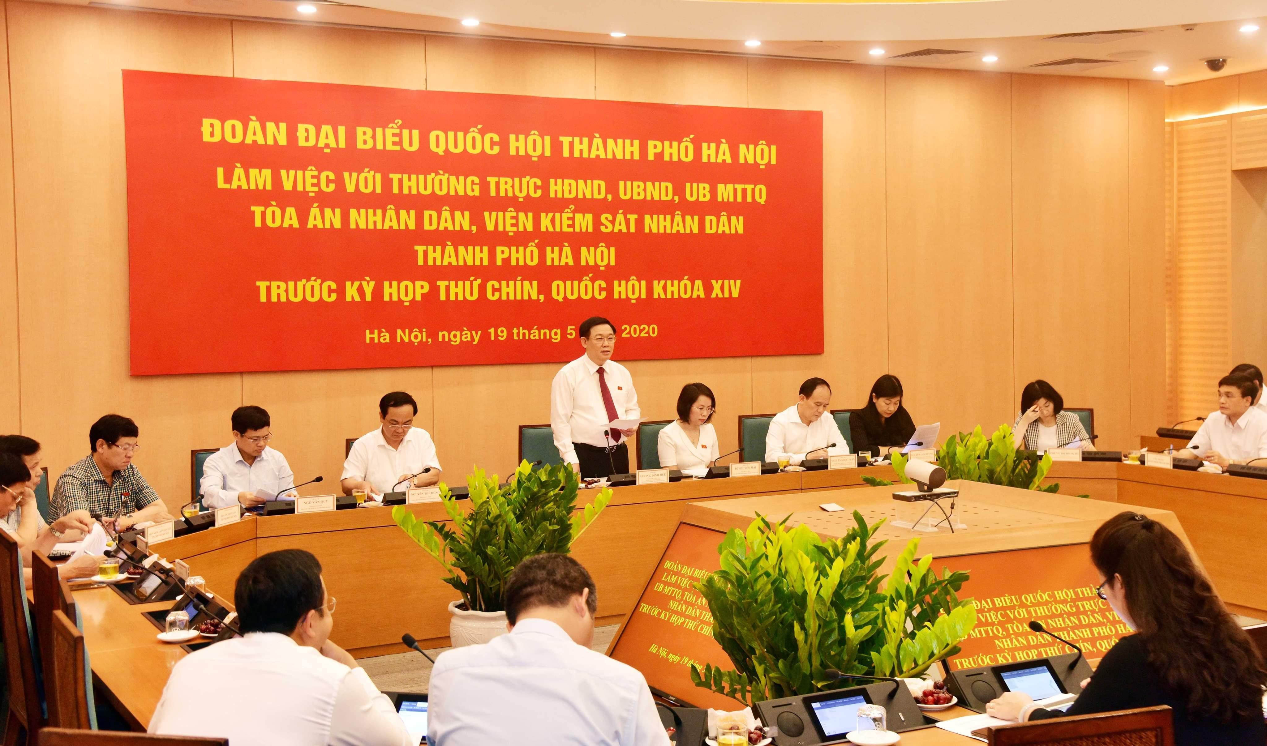 Đoàn đại biểu Quốc hội TP Hà Nội làm việc với các cơ quan của thành phố